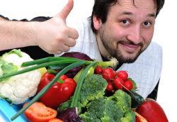 мужчина и овощи