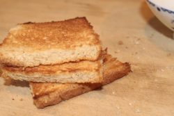 подсушенный хлеб