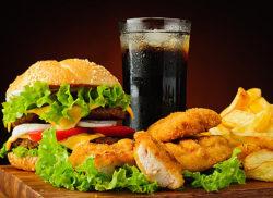 гамбургер и газировка