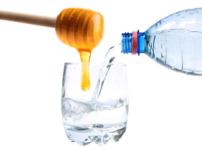 вода смешанная с мёдом